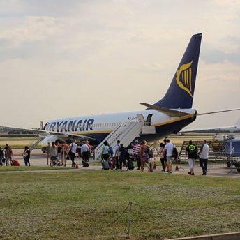 Embarcando en un avión de Ryanair